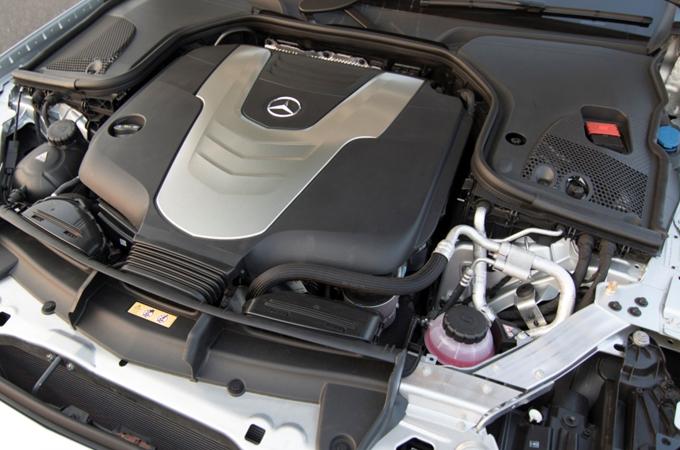 Mercedes E-Class Engine